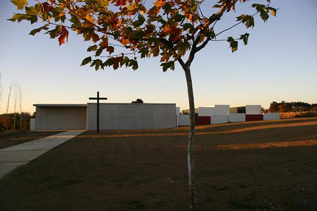 AG_cemiterio_baia_moar_frades_pernas_varela_00