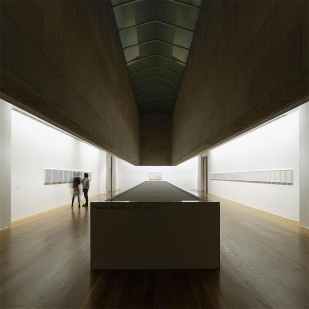 AG_MARCO_museo_Fraga_quijada_portales_vigo_00