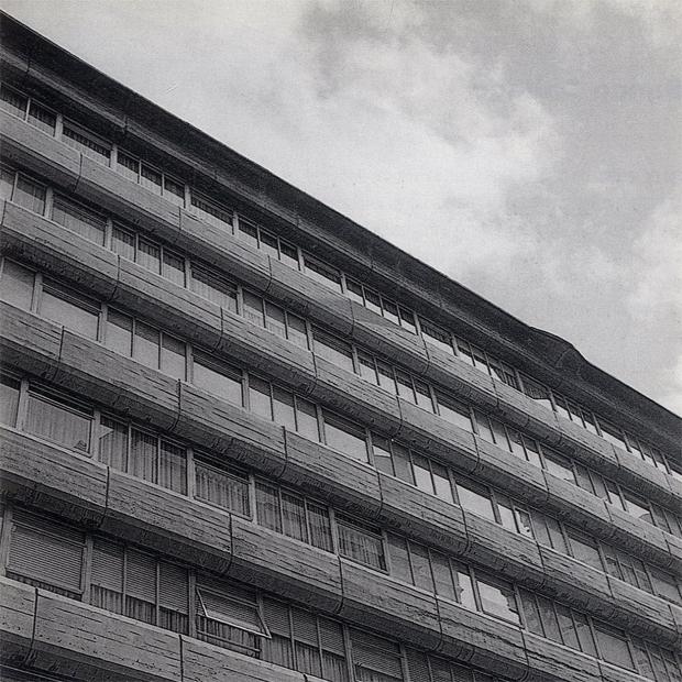 AG_edificio_pou_miguel_fisac_1965_00