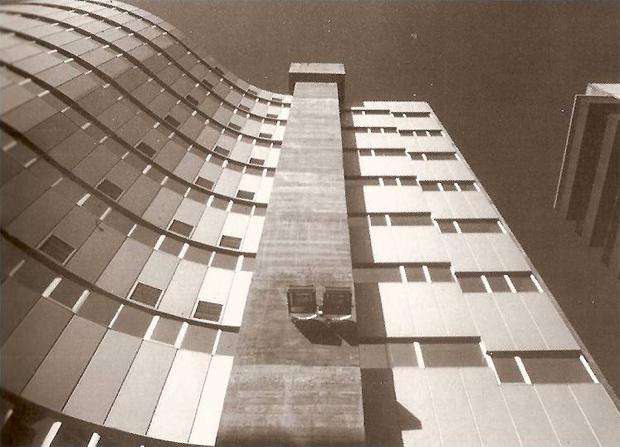 AG_edificio_oficentro_alfonso_penela_vigo_00